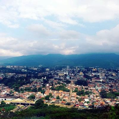 Panorámica de San Cristóbal desde la zona de El Mirador