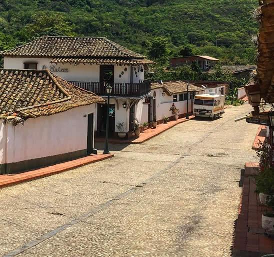 Calle colonial de San Pedro